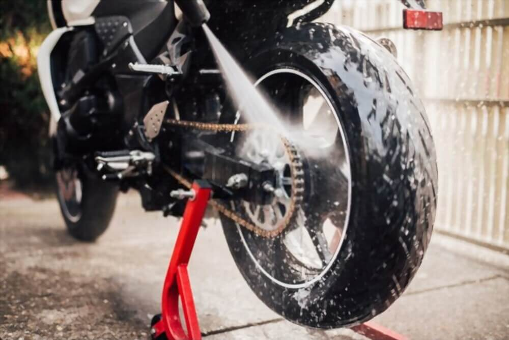 Wash and Dry your Motorcycle
