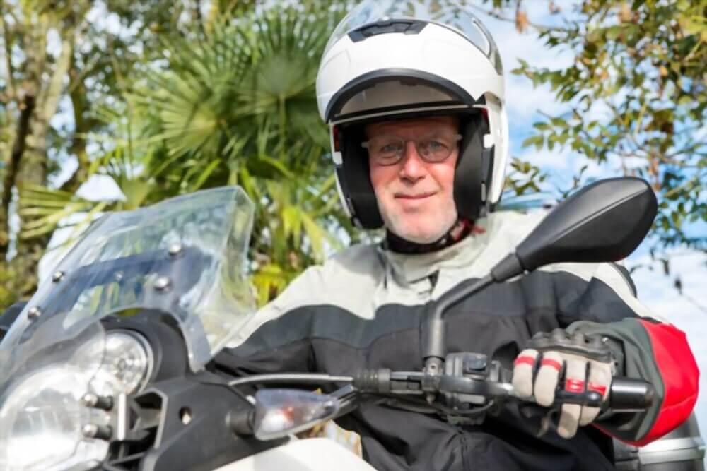 Is it Safe to Wear Glasses Inside Helmets